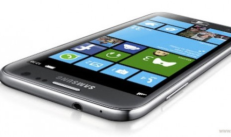 Luncurkan Windows Phone, Samsung Salip Nokia