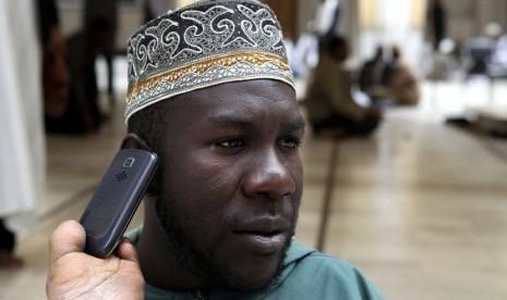 Mengapa Bilang 'Halo' Saat Terima Telepon?