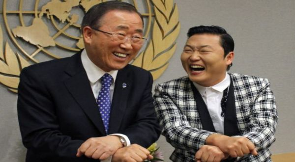 Foto : Sekjen PBB joget Gangnam Style (reuters)